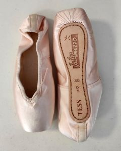 Intermezzo Pointe shoes